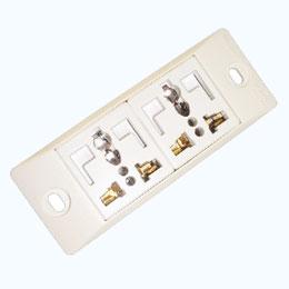 2 Universal + L-shaped safety receptacle set ( 2P+E )